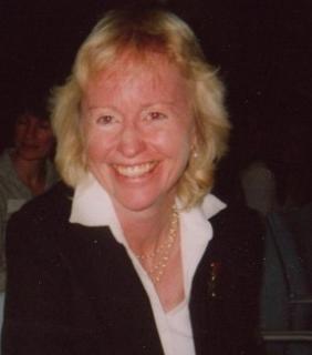 photo of Dr Carrie Sadler